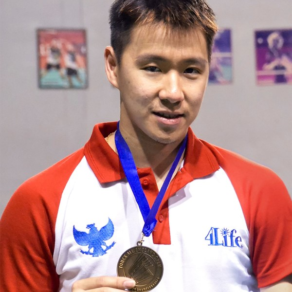World Champion Badminton Player Joins Team 4Life