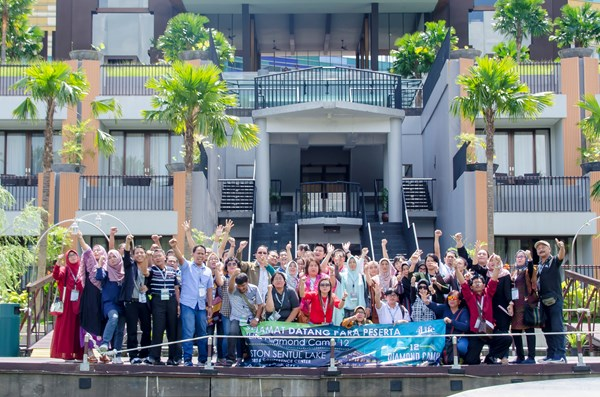 4Life Indonesia Hosts Diamond Camp 12
