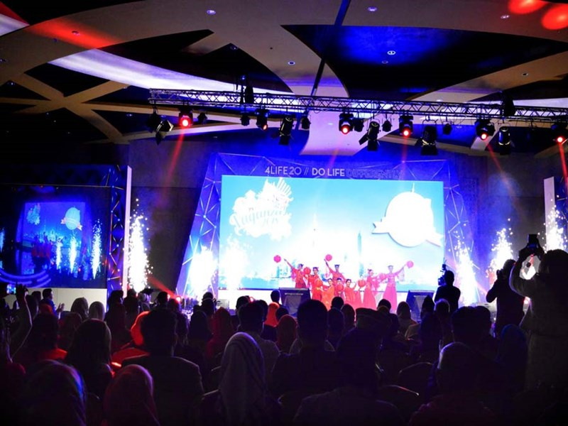More than 1,000 gather in Indonesia