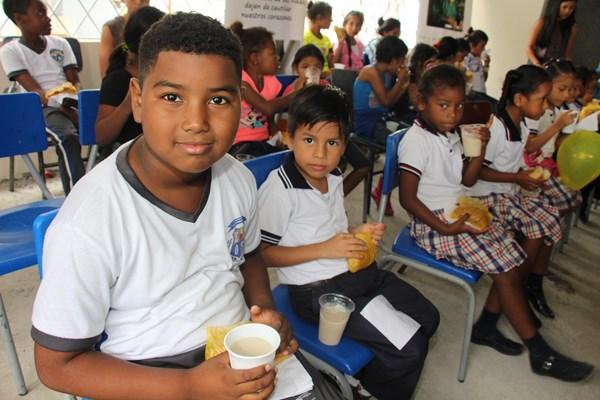 Foundation 4Life® Donates Hundreds of School Kits