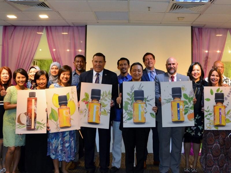 4Life Singapur lanza 4Life<sup>™</sup> Aceites Esenciales