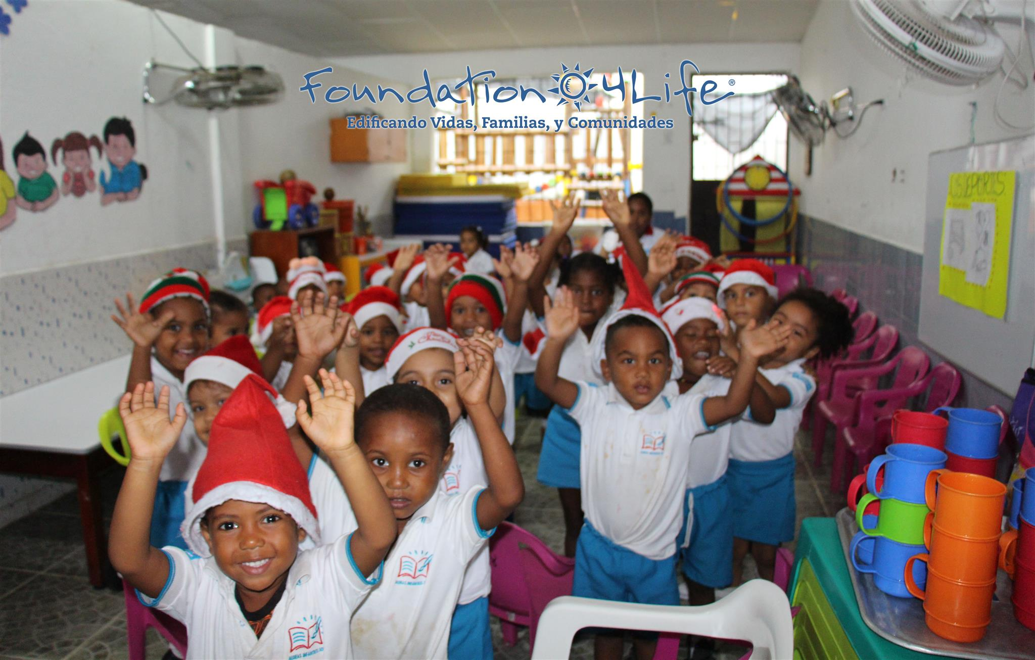 4Life Colombia Donates Gifts and School Kits