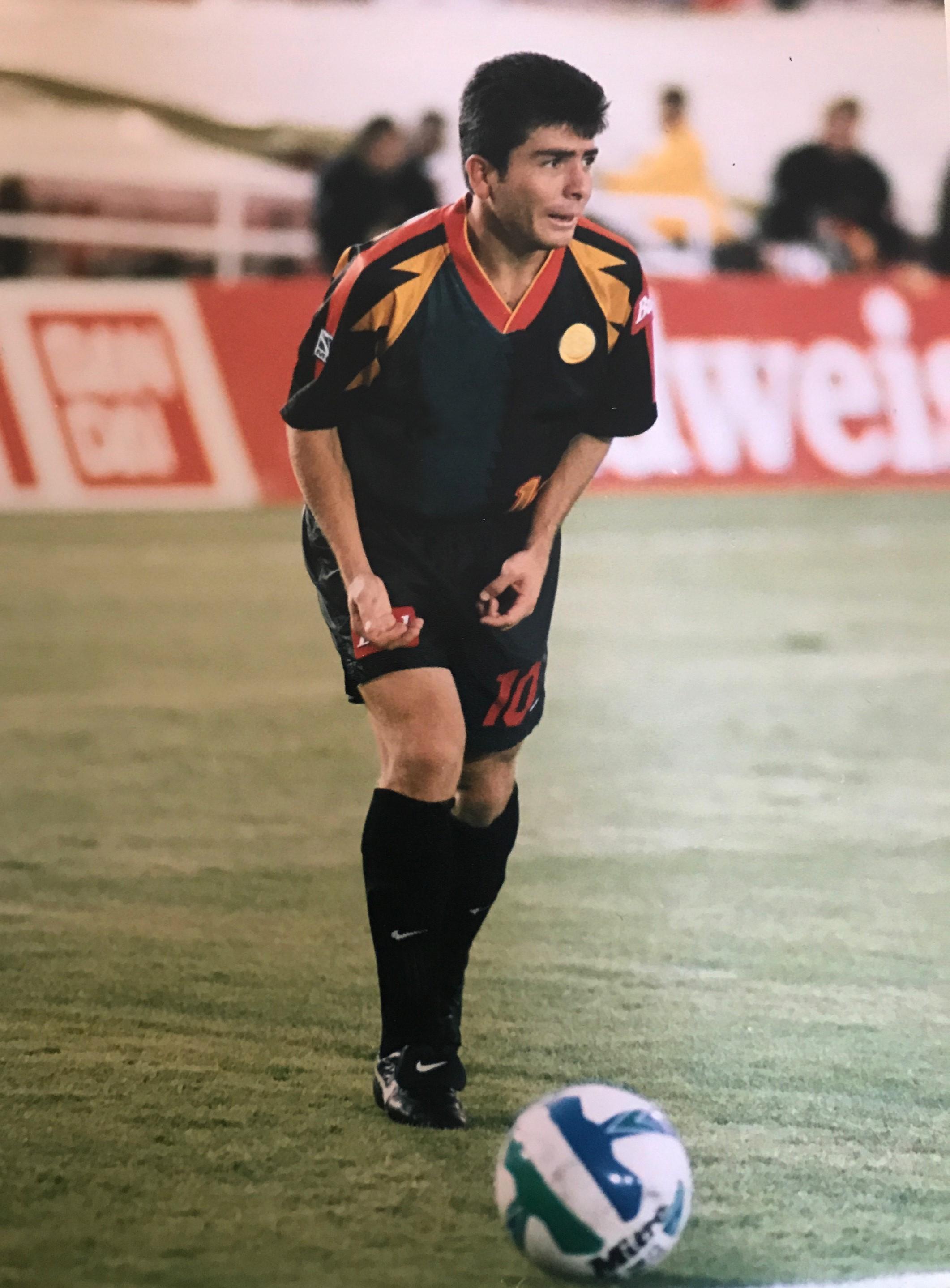 Ex-jugador del LA Galaxy se une a Team 4Life