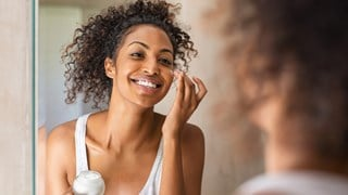 How to Slow the Effects of Aging on Your Skin