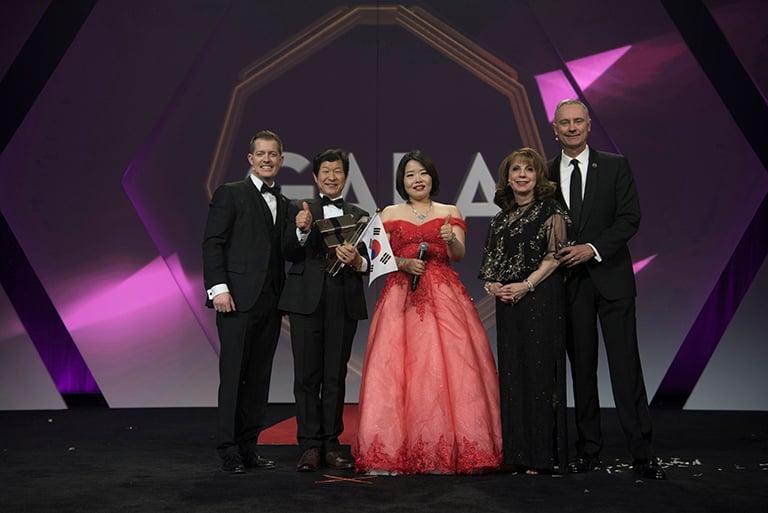 Our newest Platinum International Diamonds, Bak Mi Ae and Eom Kwang Bok from Korea
